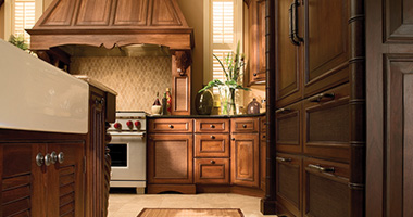 <p>Dura Supreme Cabinetry offers beautiful framed and frameless product lines, each with semi-custom to full custom capabilities. Both product lines give you the flexibility to choose the features and value that are right for you for your home's kitchen, bathrooms, and more.</p>