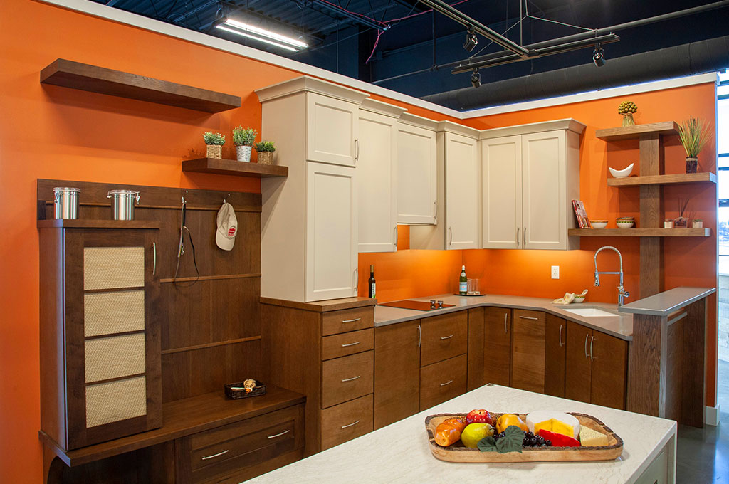 Showroom Tour – Modern kitchen cabinetry